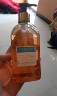 ESSENSE&CO. Liquid Hand Soap