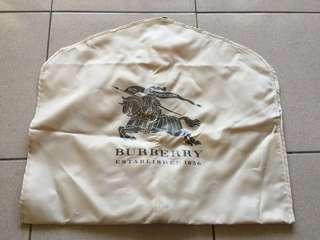 🚚 Burberry 大衣袋 外套收納
