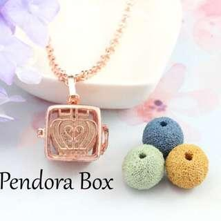 [ReadyStock] Perfume Essential Oil Diffuser Locket Necklace