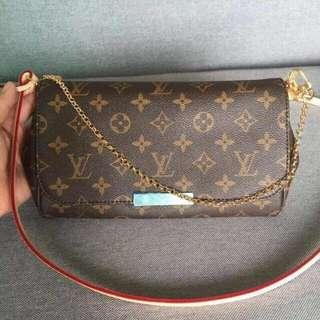 SALE Authentic Louis Vuitton Favorite Slinng Bag