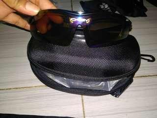 Kacamata fashion Okley