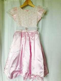 Disney Princess dress 公主裙 size L ( for 4-5 years old)