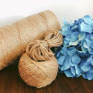 Linen thread / string
