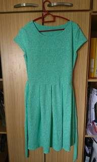 Elegant green dress