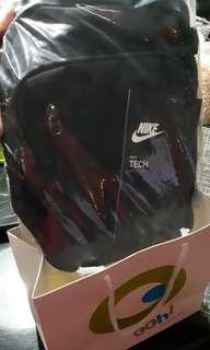 Nike Core Tech 3.0 Sling Bag