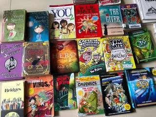 Story Books for girls and boys, incl. comics , Chinese bilingual books