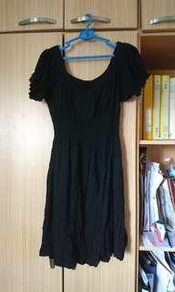 Off shoulder black dress with pockets