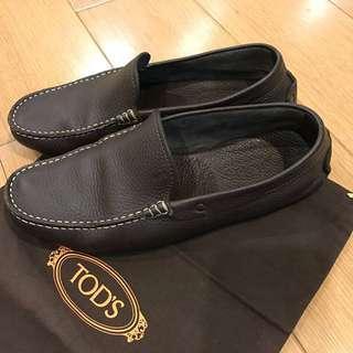🚚 降!降!降!Tods 男性豆豆鞋, 6.5號