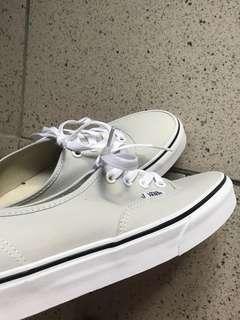 Vans白底淺綠平底鞋