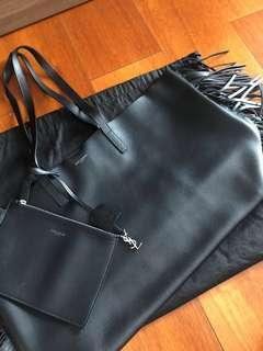 YSL LARGE SHOPPING SAINT LAURENT FRINGED TOTE BAG IN BLACK LEATHER