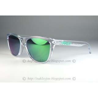 eb129f46b3 BNIB Oakley Custom Frogskins crystal clear green icon + jade lens sunglass  shades