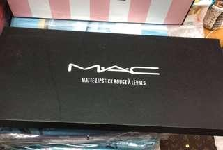 Ac lipstick