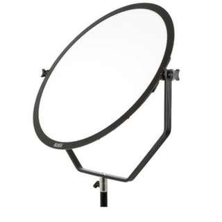 28 W 3000-5600 K with Soft Panel Round for Photographic Lighting