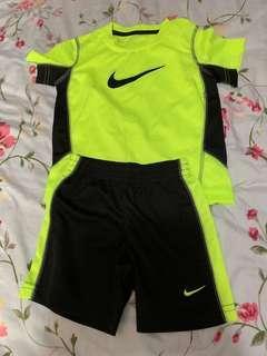 Nike 3T 套裝