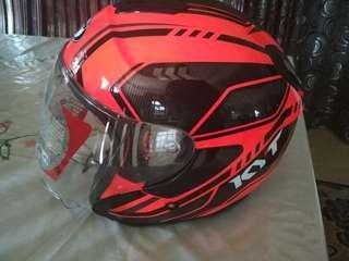 Helmet KYT saiz M