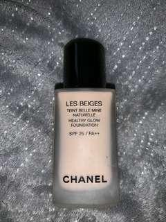 Chanel Les Beiges Healthy Glow SPF 25 foundation