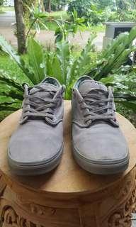Sepatu Vans original abu abu