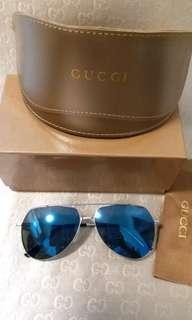 Gucci Sunglasses blue lens silver frame