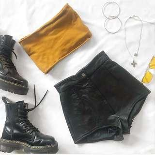 Vintage Leather Shorts - Size 4