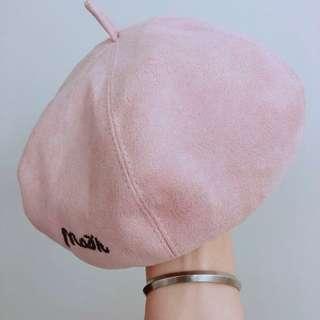 🚚 很新!絨布粉色貝雷帽 帽子 圖二實戴