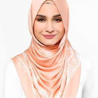New Singapore dUCkscarf in Peach