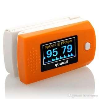 Yuwell YX300 oximetro pulsioximetro pulse oximeter finger portable fingertip oximeter digital oximeter finger oxygen •E181•