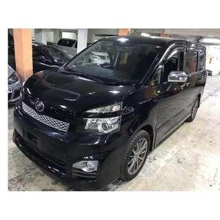 TOYOTA VOXY ZS VALVE MATIC FACELIFT 2012
