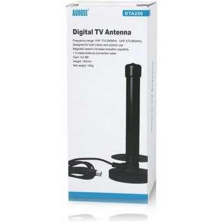 (E195) August DTA250 High Gain Free To Air TV Antenna - Portable Indoor/Outdoor Digital Aerial for USB TV Tuner / Digital Television / DAB Radio - With Magnetic Base