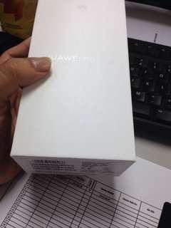 Huawei nova 3i white
