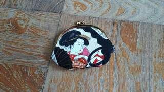 Japanese coin purse w vintage style kiss lock design w
