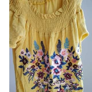Zara off shoulder dress- size small