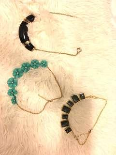 Necklace in set