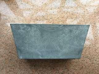 雲石紋花盆