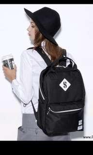 🚚 Stayreal Black Backpack 大嘴包