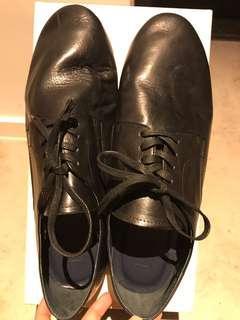 Initial 男裝皮鞋