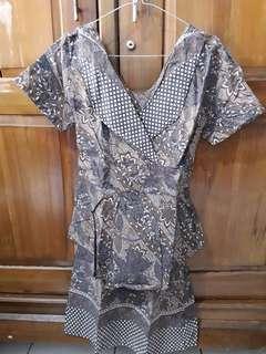 Dress batik lucu..
