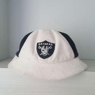 Bucket Hat Raider x Rebook not Adidas Nike