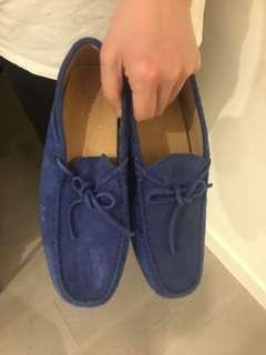 Authentic Tod's size 8.5