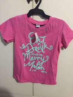 BNWT Uniqlo Graphic T Shirt