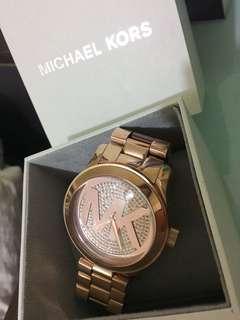 MK玫瑰金滿版鑽錶