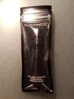 MAC False Lashes Extreme Black