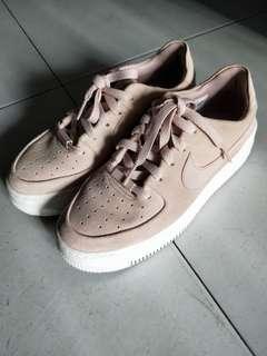 Nike airforce 1 pink suede