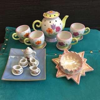Porcelain Set Teapot etc