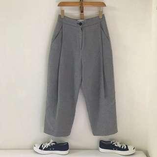 🚚 LOVE BY SEWING韓國服飾細格子打摺寬褲
