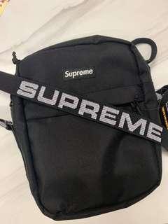 Supreme 44th 小包