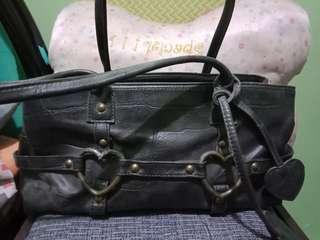 cutieeee black bag