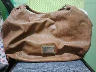 nine west brown bag