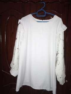 FREE POSTAGE!! White Blouse