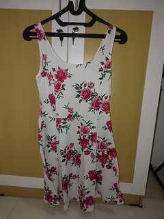 #onlinesale Dress bunga H&M