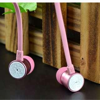 🚚 Pink Earphone In Earphone With Microphone Answering Call